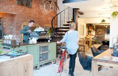 BounceSpace: kapper, espressobar & fietsenmaker in één