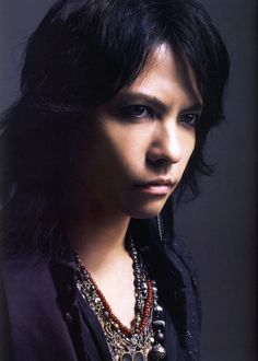 """Hyde , """"WHAT's IN?"""" Magazine 2012.07"""