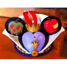 Disney Wicked Queen Mickey Mouse Ears Hat Limited Edition Ornament