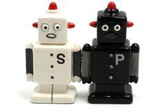 Robots - Salt & Pepper Shakers #NeatoPinToWinHOLIDAYS