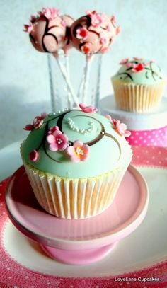 Cherry blossom cupcakes and cake pops