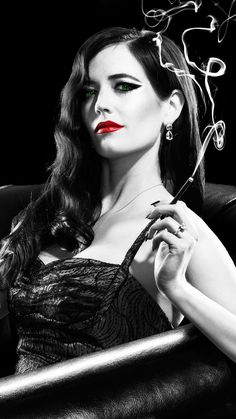 """Wallpaper for """"Sin City: A Dame to Kill For"""" noir Sin City: A Dame to Kill For Phone Wallpaper Film Noir Photography, City Photography, Smoking Ladies, Girl Smoking, Sin City Movie, Sin City 2, Mc Bess, Non Plus Ultra, Femmes Les Plus Sexy"""