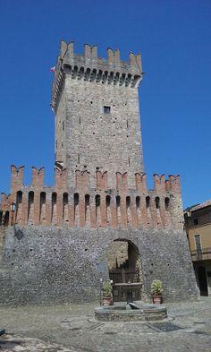 Intorno a Piacenza: un mondo di storia, cultura e sapori_Vigoleno