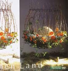 Image result for tomas de bruyne Art Floral, Floral Design, Leaf Flowers, Ikebana, Garden Art, Sculpture Art, Floral Arrangements, Diy Crafts, Table Decorations