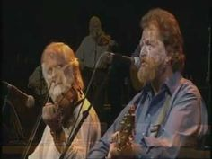 ▶ Carrickfergus (Jim McCann with the Dubliners). - YouTube