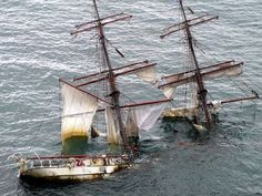 Share Your Pictures Of Stranded Ships   Bored Panda
