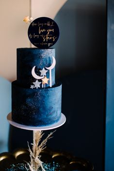 Midnight Blue wedding cake with gold shimmer with cake toppers and moon and stars quote. Perfect for you modern boho wild festival tipi yurt celestail themed wedding Location is Thorpe Gardens owned by Cripps Co Photography Becky Tranter Photography Starry Night Wedding, Moon Wedding, Celestial Wedding, Blue Wedding, Space Wedding, Pretty Cakes, Beautiful Cakes, Amazing Cakes, Blue Birthday Cakes