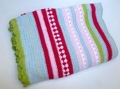 Free PDF pattern -  Greengate style crochet blanket @ Sewchet