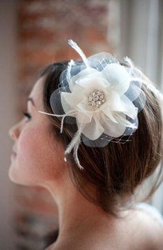 Beautiful! Etsy & Nordstrom present: Serephine Bridal Hair Flower