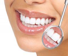 Denti bianchi con l'aceto di mele. Studi hanno infatti dimostrato che l' aceto di mele è l' ingrediente base per ottenere un' efficace dentifricio sbiancante naturale per la salute della nostra bocca preservando anche lo smalto dei denti.