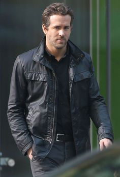 Ryan Reynolds film reshoots for 'R.I.P.D.' in Downtown Los Angeles, California.
