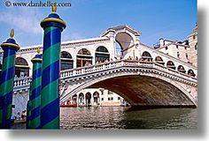 The Rialto Bridge, Venice, Italy. Photo by Dan Heller.
