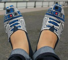 What's sad is, type r2d2 shoes into the search box and loads of different 'styles' come up
