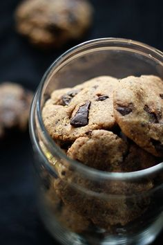 One Bowl Chocolate Chunk Cookies (Vegan + Whole Wheat + Refined Sugar free)