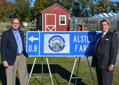 I love this!! A state supporting agritourism with highway signs! Other states, take notice - this is truly supporting small business.