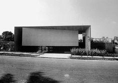 "3,836 Likes, 10 Comments - #BRUTgroup (@brutgroup) on Instagram: ""Antônio Junquiera House, São Paulo, Brazil, 1976-80. Architect Paulo Mendes da Rocha #brutgroup…"""