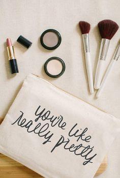 Personalized Makeup Bag | Joy Wed shop | http://www.joy-wed.com/shop