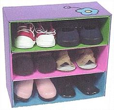 American girl doll shoe holder. This a a quick and easy craft made using a cereal box and some craft foam. So cute!