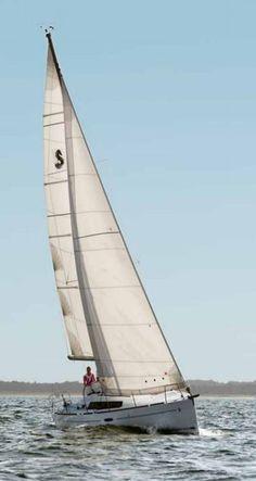 Beneteau Oceanis 34 Sailing Yacht
