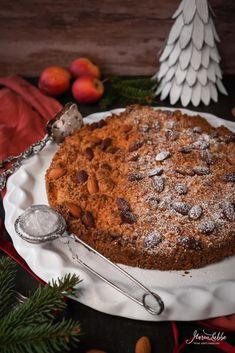 Mürber Mandelkuchen aus Mantova - Maren Lubbe - Feine Köstlichkeiten Malu, Sicily, Christmas Time, Banana Bread, Cake Recipes, Delish, Sweets, Apple, Marzipan Torte