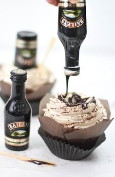 Bottom's Up Irish Cream Hot Fudge Cupcakes
