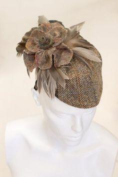 "Sara Tiara Hats en Twitter: ""Today's #SaraTiara creation- #HarrisTweed hat with…"