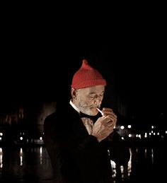 Bill as Steve Zissou.