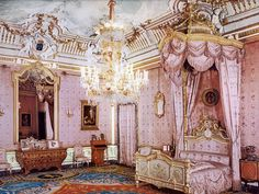 Vanderbilt Mansion in Hyde Park~~~~The Lady of the Manor's Bedroom. Best. Bedroom. Ever.!!!