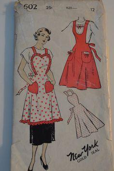 Rare Vintage Apron Pattern 602 by New York  by FancyMyFabrics