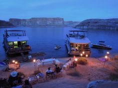 Lake Powell house boat with all the family would be a great Vacation!! Gotta do this soon