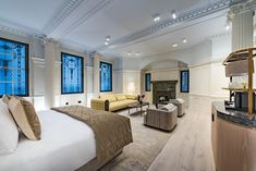 Take a sneak peak at some images of the Stock Exchange Hotel prior to its opening in November Marble Pillar, Manchester England, Manchester United, Lobby Lounge, Hotel Website, Listed Building, Soft Seating, Green Marble, Rooftop Terrace