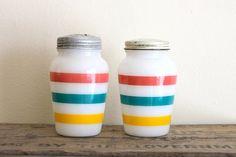 vintage pyrex milk glass   Jadeite, Pyrex, vintage glassware / Vintage Salt and Pepper Shakers ...