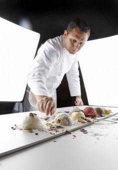 """No os perdáis este interesante artículo """"Chefs con millones de comensales al día"""" entre ellos nuestro chef Jaume Drudis.   Foto: cedida por Unilever."""