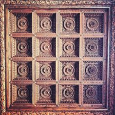 16th century carved coffered ceiling - Soffitto. Palazzo Pitti, Firenze - Florence