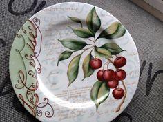 Platos Funnel Cake cookies n cream funnel cake disney Pottery Painting, Ceramic Painting, Ceramic Art, Ceramic Plates, Porcelain Ceramics, Painted Porcelain, Engraved Plates, China Painting, Dinner Sets