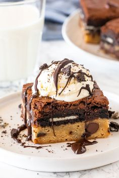 These slutty brownies are the most over-the-top dessert you'll ever try. They have a soft and chewy chocolate chip cookie base, a layer of Oreo cookies, and fudgy brownie on top! This recipe is from scratch and definitely the best brownie recipe around. Best Brownie Recipe, Brownie Recipes, Cookie Dough Oreo Brownies, Best Brownies, Oreo Cookies, Kiss Cookies, Cookies Soft, Spice Cookies, Sweets