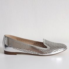 J.Crew Cleo Perforated Mirror Metallic Loafers NEW PRODUCT DETAILS A feminine spin on the classic gentleman's smoking slipper. We recast it in a slimmer, more flattering silhouette in our signature prints and colors. This pair's made from a custom-created, perforated metallic leather.   • Metallic leather upper. • Leather lining. • Made in Italy. • Condition: brand new in original box • Size (as in the box): US 9 - UK 6.5 - EU 39.5 J. Crew Shoes Flats & Loafers