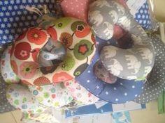 Rundum Schwangerschafts Foto. Pillows, Children, Baby, Expecting Photos, Bed Pillows, Kids, Cushion, Newborns, Cushions