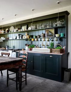 North Farm, Rita Konig's farmhouse in County Durham British Interior, Kitchen Design, Kitchen Dining Room, Plain English Kitchen, Country Kitchen, Interior, Kitchen, Italian Kitchen, Dining