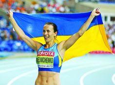 Ганна Мельниченко: «Тренер сказав: «Якщо підтягнешся п'ять разів, візьмуся тебе тренувати». Я підтягнулася десять». А через два роки семиборка стала чемпіонкою світу! #WZ #Львів #Lviv #Новини #Спорт