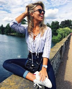 Tash Oakley defines jetsetter style in the #GUESS1981 High-Rise Skinny Jeans #LoveGUESS