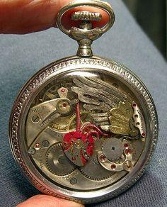 スチームパンク萌え...時計の部品から作られた幻想的な妖精たち 写真ギャラリー02 : 画像アップロード