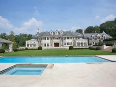 Ideas for house big mansions luxury Big Mansions, Mansions For Sale, Luxury Mansions, Dream Home Design, My Dream Home, House Design, Dream Homes, Stone Mansion, Home Styles Exterior