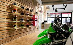Mudville shop by Stone Designs, Madrid – Spain Visual Merchandising, Madrid, Showroom Interior Design, Shop Fittings, Retail Store Design, Branding Materials, Design Furniture, White Wood, Stores