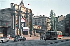 What a great photo of the Prague train station Nádraží Těšnov (not far I guess from today's Florenc McDonalds), which was demolished in the Train Station, Czech Republic, Great Photos, Transportation, Street View, Earth, Let It Be, Architecture, City