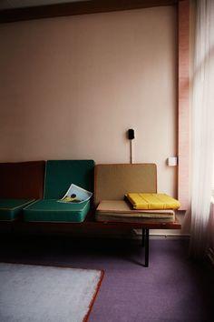 Mid Century Living Room | via Anne Dokter