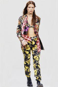 Perry Ellis Spring 1993 Ready-to-Wear Fashion Show - Angelika Kallio