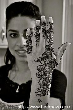 Mehndi Designs for Young Girls