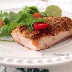 Ingredientes: 1 fatia de pão 100% integral 2 dentes de alho picados 1 pimenta vermelha sem as sementes picada casca…