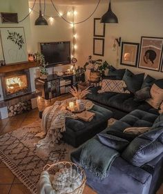Beautiful Living Rooms, Cozy Living Rooms, Home Living Room, Apartment Living, Living Room Designs, Living Room Decor, Hippie Living Room, Bohemian Living, Living Room Inspiration